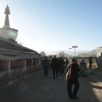 Kora am Morgen um das Kloster in Shigatse