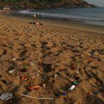 Landart mit Strandgut